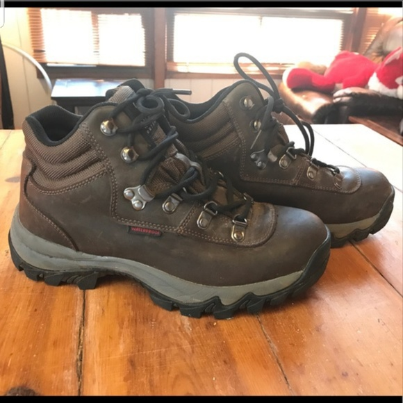fa4b6fab91d Magellan Women's Hiking Boots